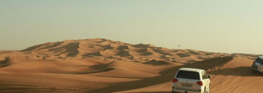 Desert-Safari-Dune-Bashing-in-Dubai-850x300