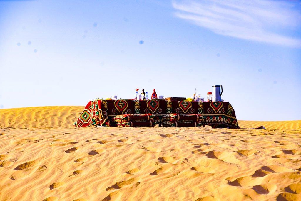 sunrise desert safari with dune breakfast